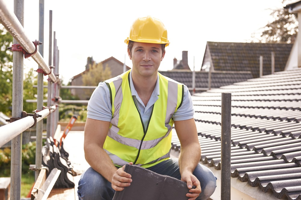 How to choose the right roofer for you
